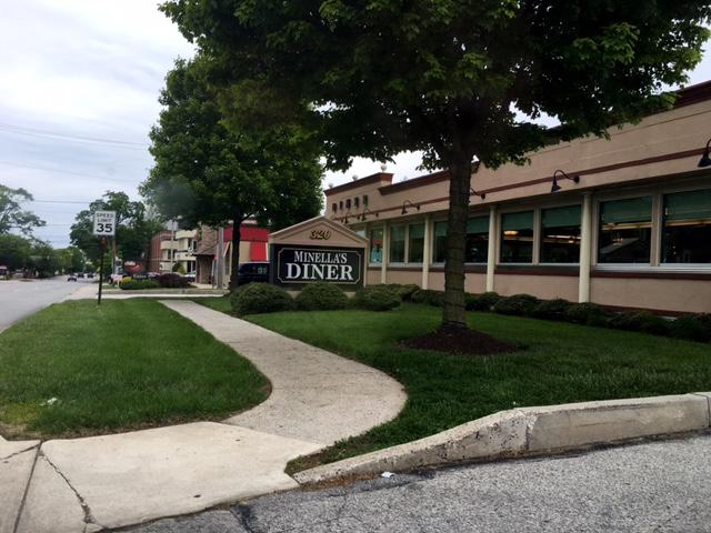 Minella's Diner outside