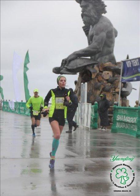 Shamrock Half Marathon(1:26.49)